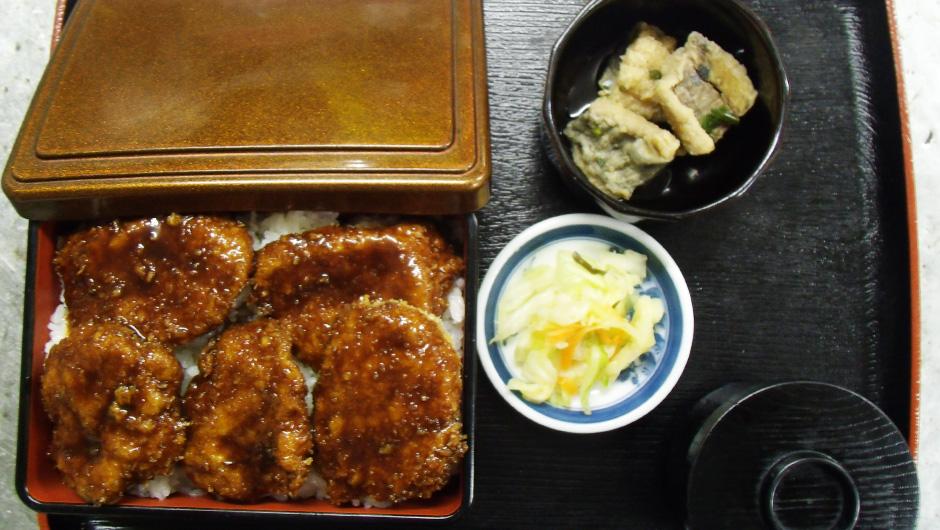 ヒレカツ丼 800円