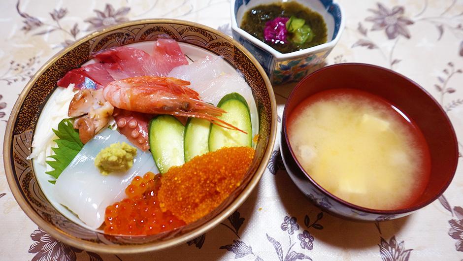 海鮮丼 刺身定食